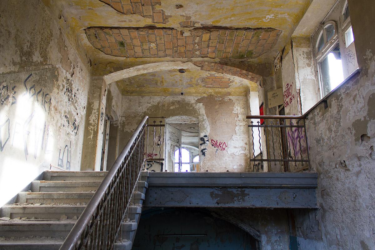 Abandoned Adventures - Beelitz Heilstatten_9229