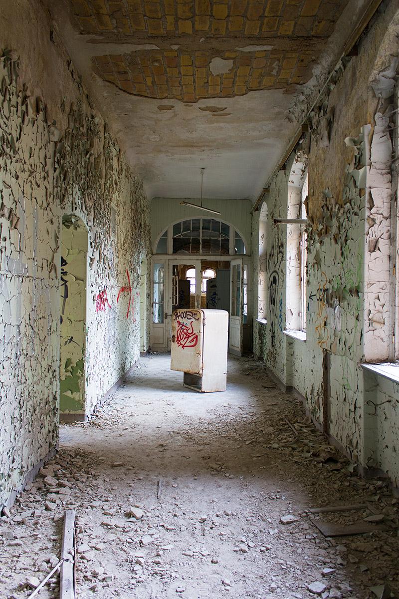 Abandoned Adventures - Beelitz Heilstatten_9232