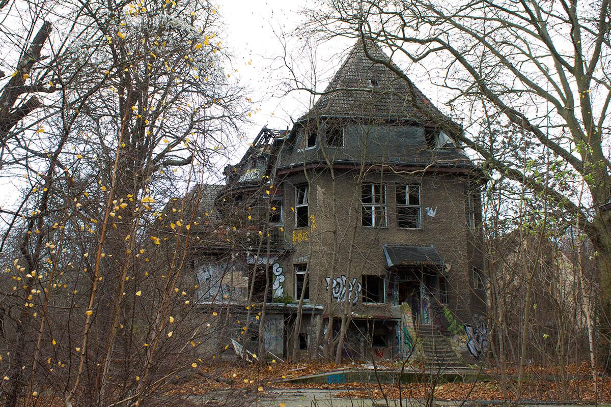 Abandoned - Weissensee - Kinderkrankenhaus -006