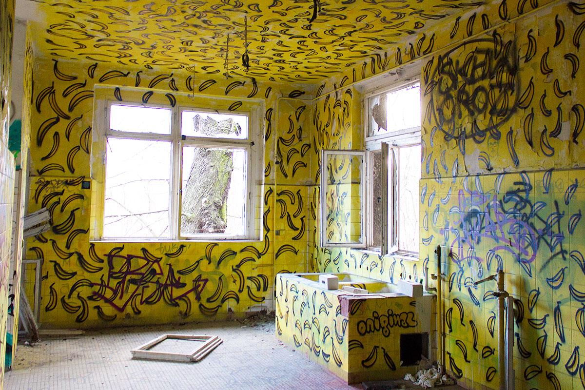 Abandoned - Weissensee - Kinderkrankenhaus -008