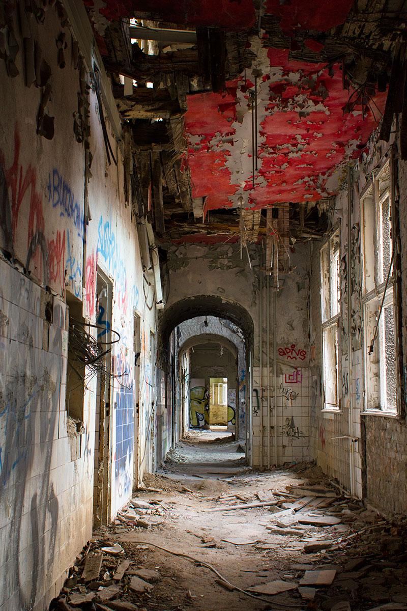 Abandoned - Weissensee - Kinderkrankenhaus -009