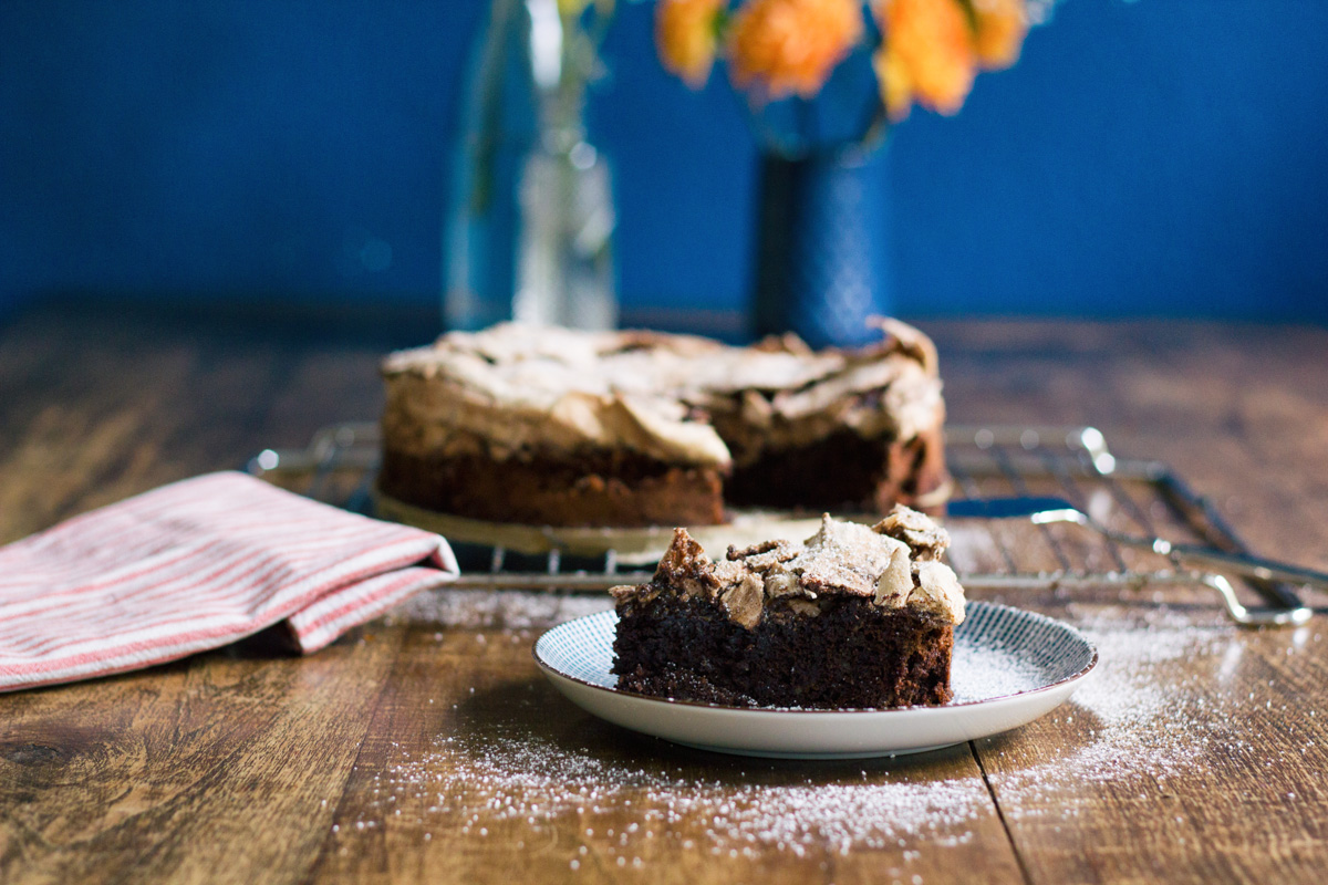 Recipe: Chocolate meringue cake
